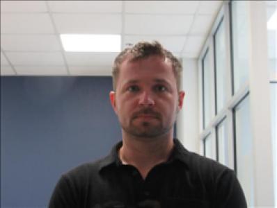 Joshua Oren Hunter a registered Sex, Violent, or Drug Offender of Kansas