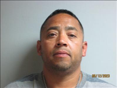 Ernesto Eduardo Lopez a registered Sex, Violent, or Drug Offender of Kansas