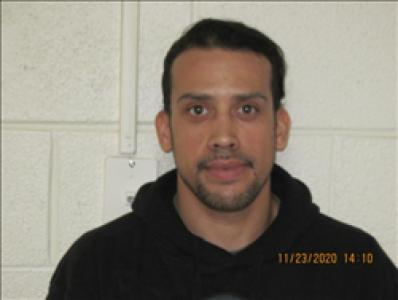 Louis Daniel Linares a registered Sex, Violent, or Drug Offender of Kansas