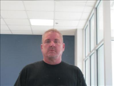 Michael Terry Allton a registered Sex, Violent, or Drug Offender of Kansas
