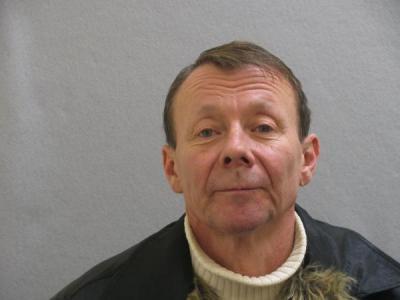 Loren Earl Euton a registered Sex Offender of Ohio