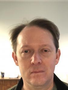 Aaron M Schlesinger