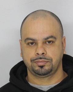 Oscar Figueroa a registered Sex Offender of New Jersey