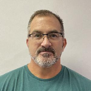 Gill Michael Everett a registered Sex Offender of Kentucky
