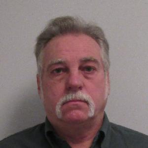Heully Douglas Wayne a registered Sex Offender of Kentucky