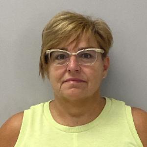 Lori Sue Holsapple a registered Sex Offender of Kentucky