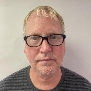 Bond Michael Dean a registered Sex Offender of Kentucky
