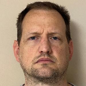 Thomas Michael Edward a registered Sex Offender of Kentucky