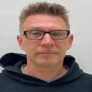 Walker Eric Raymond a registered Sex Offender of Kentucky