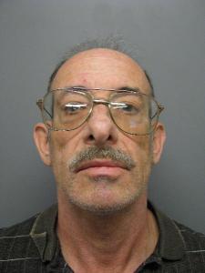 Douglas Stuart Spingola a registered Sex Offender of Connecticut