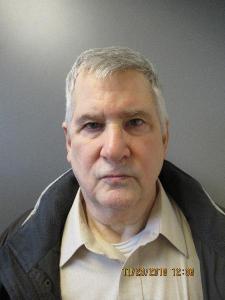 Michael E Roush a registered Sex Offender of Connecticut