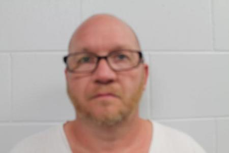 Larry Wayne Kemp Sr a registered Sex or Violent Offender of Indiana