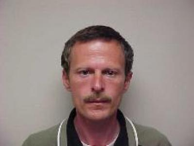 Richard Carley Hooten a registered Sex or Violent Offender of Indiana