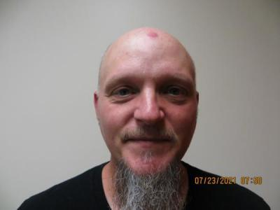 Daniel J Mcfarland Jr a registered Sex or Violent Offender of Indiana