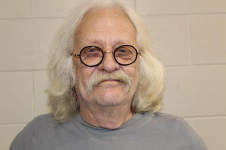 Timothy L Cadle a registered Sex or Violent Offender of Indiana