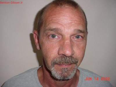Benton Nmn Gibson Jr a registered Sex or Violent Offender of Indiana