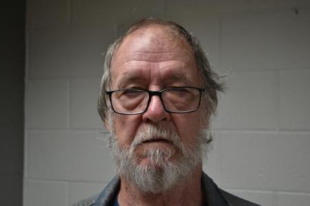 Joseph Ray Secrest Sr a registered Sex or Violent Offender of Indiana