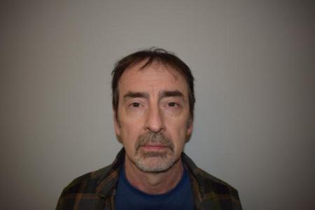 James L Davies a registered Sex or Violent Offender of Indiana