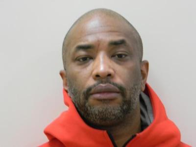 Francis Edward Lynn IV a registered Sex or Violent Offender of Indiana