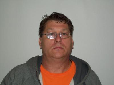 Robert Earl Lindsey III a registered Sex or Violent Offender of Indiana