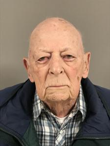 Richard Lowell Mckillip Sr a registered Sex or Violent Offender of Indiana