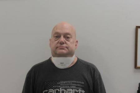 Gary Lilburn East a registered Sex or Violent Offender of Indiana