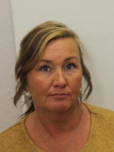 Terra D Moore a registered Sex or Violent Offender of Indiana