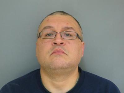 Timothy E Mullins Jr a registered Sex or Violent Offender of Indiana