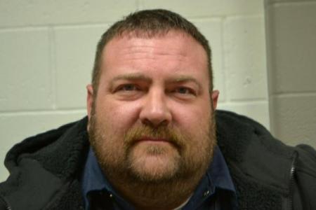Jeremy Lee Hall a registered Sex or Violent Offender of Indiana