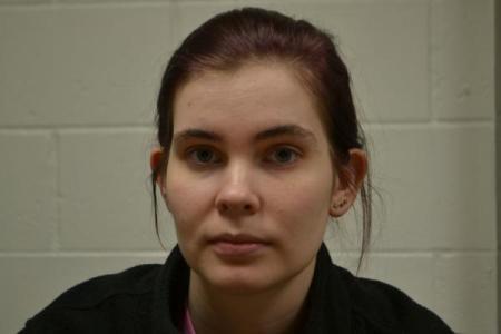 Jasmine Sue Davis a registered Sex or Violent Offender of Indiana