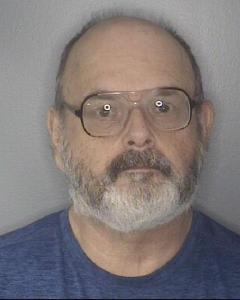 Robert E Young a registered Sex or Violent Offender of Indiana