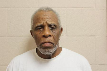 Raymond Maxwell a registered Sex Offender or Child Predator of Louisiana