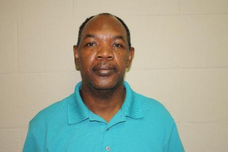 Earnest Lee Smith Sr a registered Sex Offender or Child Predator of Louisiana