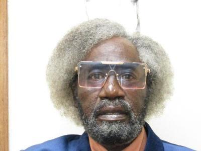 Henry Lewis Davis a registered Sex Offender or Child Predator of Louisiana