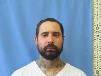 Jonathan Joseph Luna a registered Sex Offender or Child Predator of Louisiana